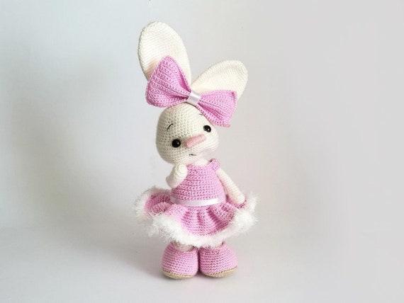 Hübsche Häschen Amigurumi In Kleid Ostern Hase Häkeln Etsy