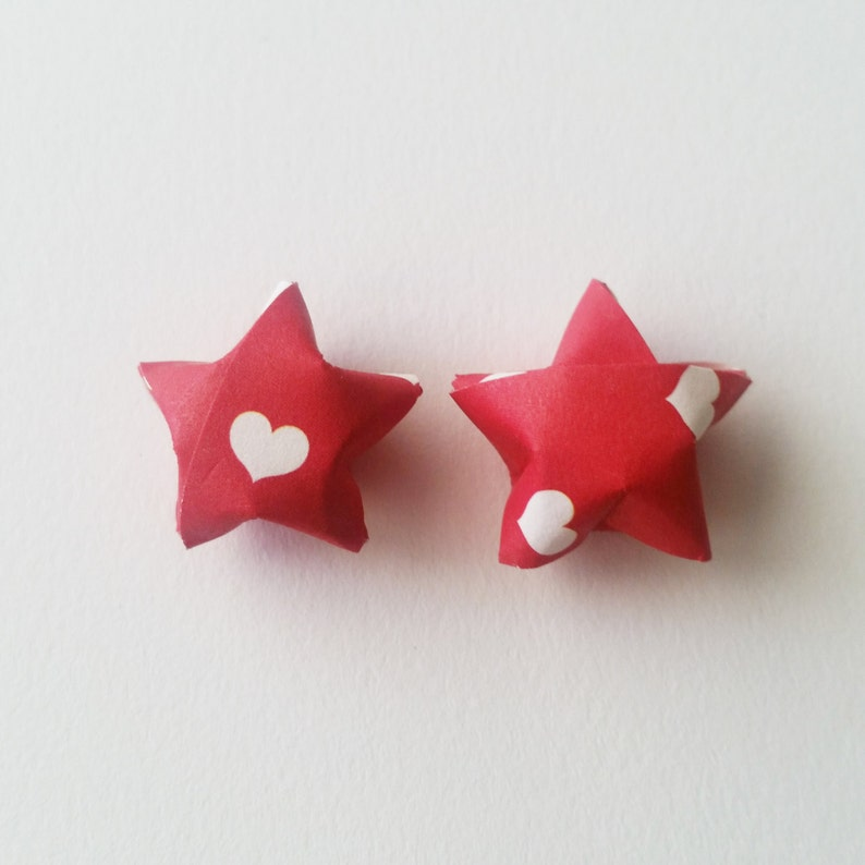 Red Mini Stars Valentine/'s Day Lucky Stars Origami Star Decorations Folded Paper Stars Heart Origami Stars: Red and White