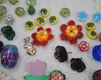 Flower Garden with Bugs Beads, Tiles, Charms and Buttons Collection  Lot #24