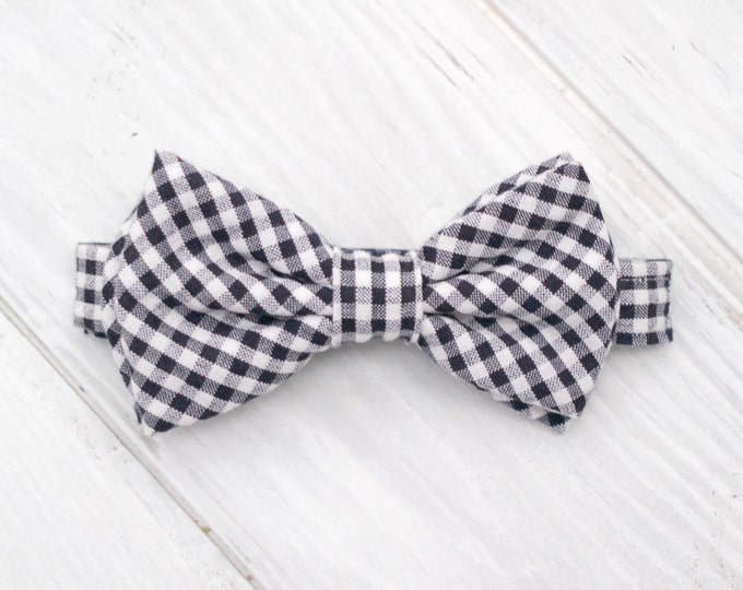 Dog Bow Tie, Navy Blue Gingham Adjustable Bow Tie