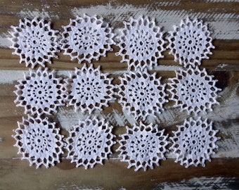 30 mini crochet medallions white and natural tiny vintage doilies