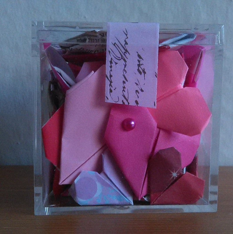 Alternative greeting card Origami Hearts in a cube