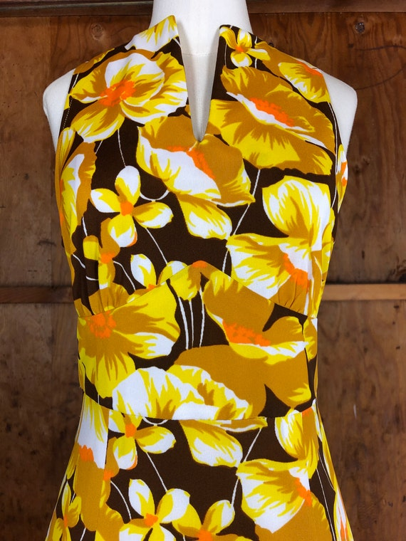 Vintage 70s Bright Yellow Floral A-Line Dress - image 3