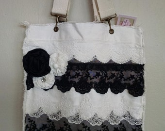 Ecru and Black Tote bag