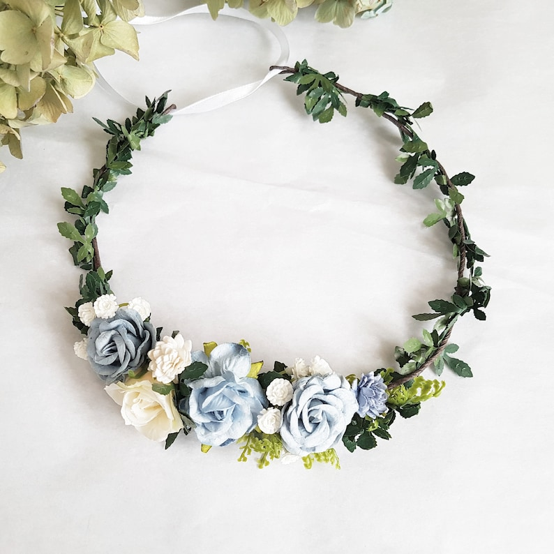 Dusty flower crown Dusty crown with baby breath Dusty Blue Flower crown Baby breath crown Dusty rose crown Blue bridal headpiece Blue crown