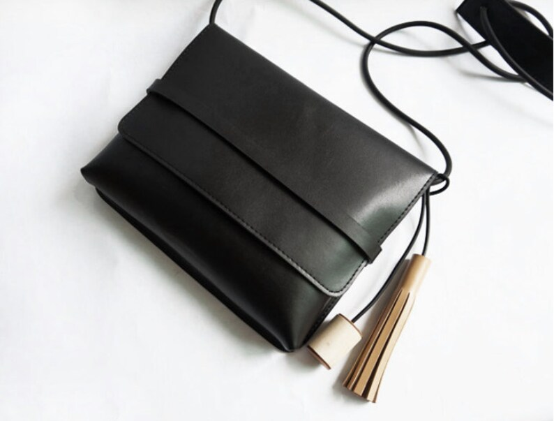 Simple Black Leather Crossbody bag with wood and leather