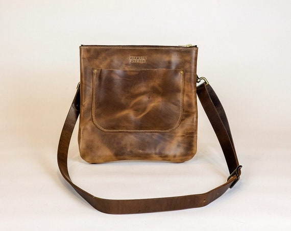 Leather Crossbody Purse made with Horween Natural Chromexcel / leather shoulder bag
