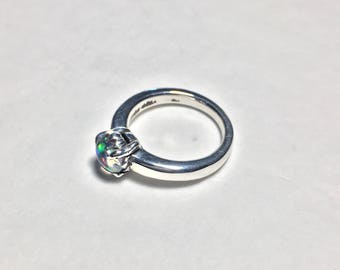 Ladies Engagement Ring Opal .925 Silver Ring (US Size 5)