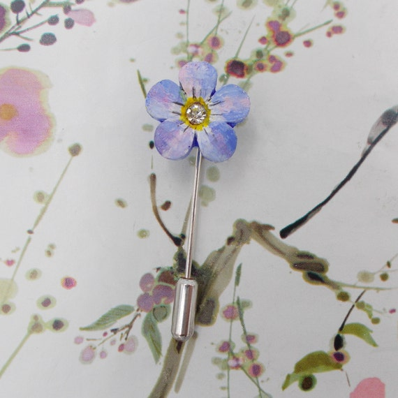 Small FORGET-ME-NOT Pin Blue Forget Me Nots Lapel Blue Wedding Corsage Love Token Friendship Brooch Masonic Lapel Flower Pin Hand Painted