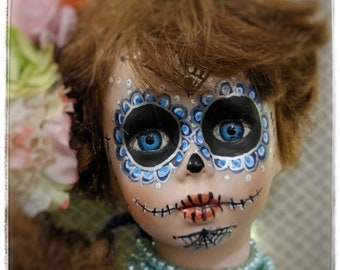 Dia de los Muertos doll/halloween decoration/Day of the Dead/sugar skull/ upcycled doll/Vintage Collectible Porcelain Doll