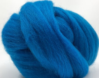 Mediterranean Corriedale 2 oz World of Wool Roving for Felting Spinning Fiber Arts