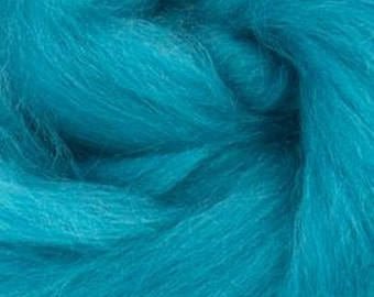 Cerulean Corriedale 2 oz World of Wool Roving for Felting Spinning Fiber Arts