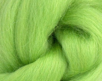Light Leaf Corriedale 2 oz World of Wool Roving for Felting Spinning Fiber Arts