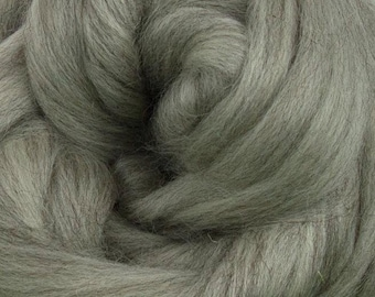 Gray Corriedale 2 oz  Roving for Felting Spinning Fiber Arts