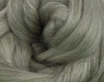 Gray Corriedale 2 oz World of Wool Roving for Felting Spinning Fiber Arts