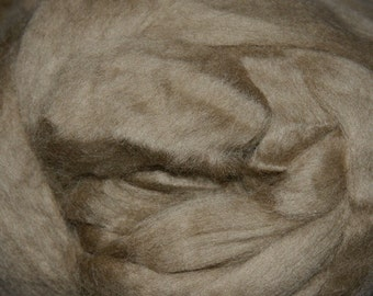 Two Ounces Extra Fine Merino Wool Roving, Color Earth