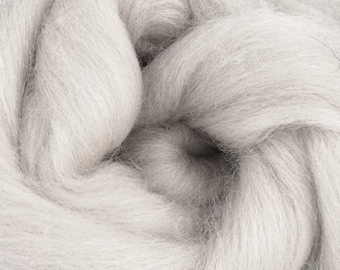 Lightening Corriedale 2 oz  Roving for Felting Spinning Fiber Arts