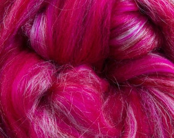 Aries Merino Tussah Silk Combed Top Wool One Ounce for Felting and Spinning