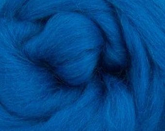 Aquamarine Corriedale 2 oz  Roving for Felting Spinning Fiber Arts