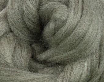 Gray Corriedale 2 oz  Roving for Felting Spinning Fiber Arts