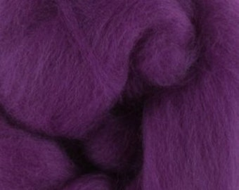 Two Ounces Extra Fine Merino Wool Roving, Color Theatre