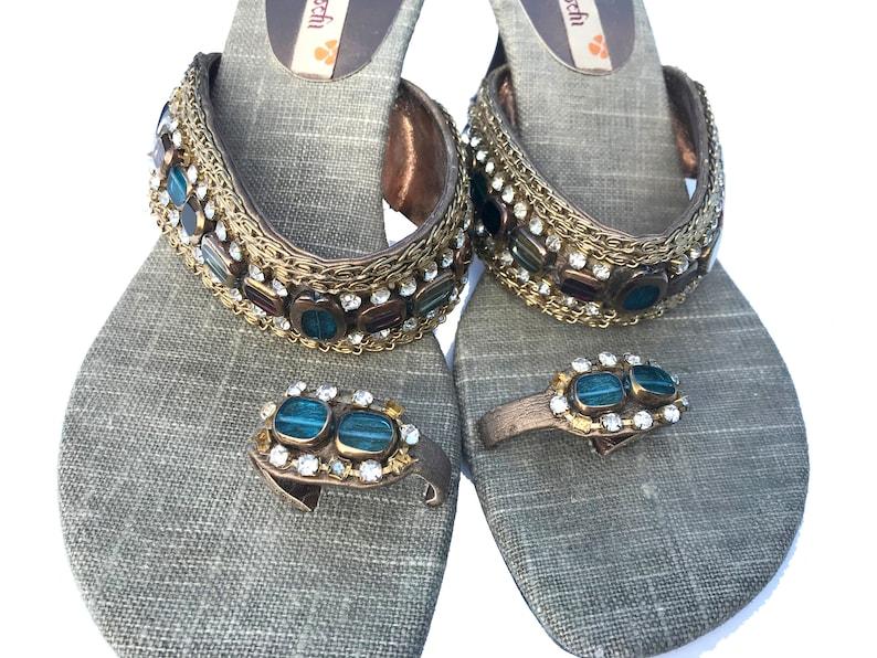 Linen  sandals Thumb angootha Vintage US size 37 Ethnic Boho Indian handmade Thong sandals OOAK Shoes Handmade Blue Gold embroidered