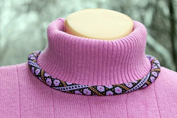 Violette Farbe Blumenmuster in wunderbaren Perlen gehäkelt | Etsy