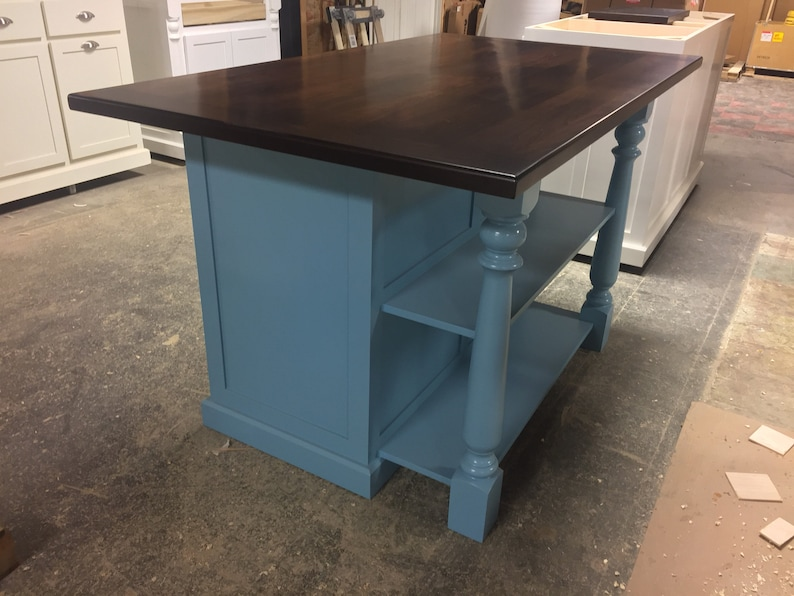 Item 122 Kitchen Island With Open Shelves And Seating
