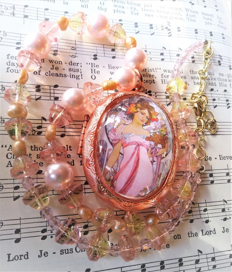 Much a Czech Glass Rose gold tone locket beautiful gift for her