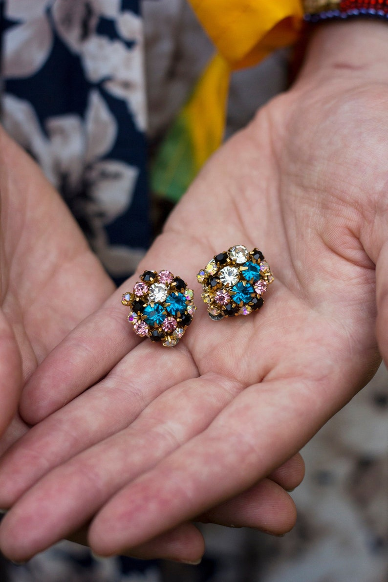 Crystal cluster clip earrings BONBON / Blue crystal studs / image 0