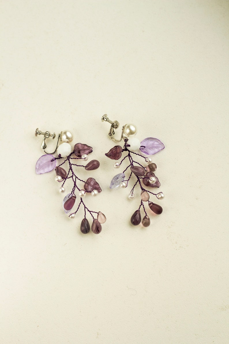 Bridal vine earrings AMETHYST / Purple delicate pearl earrings image 0
