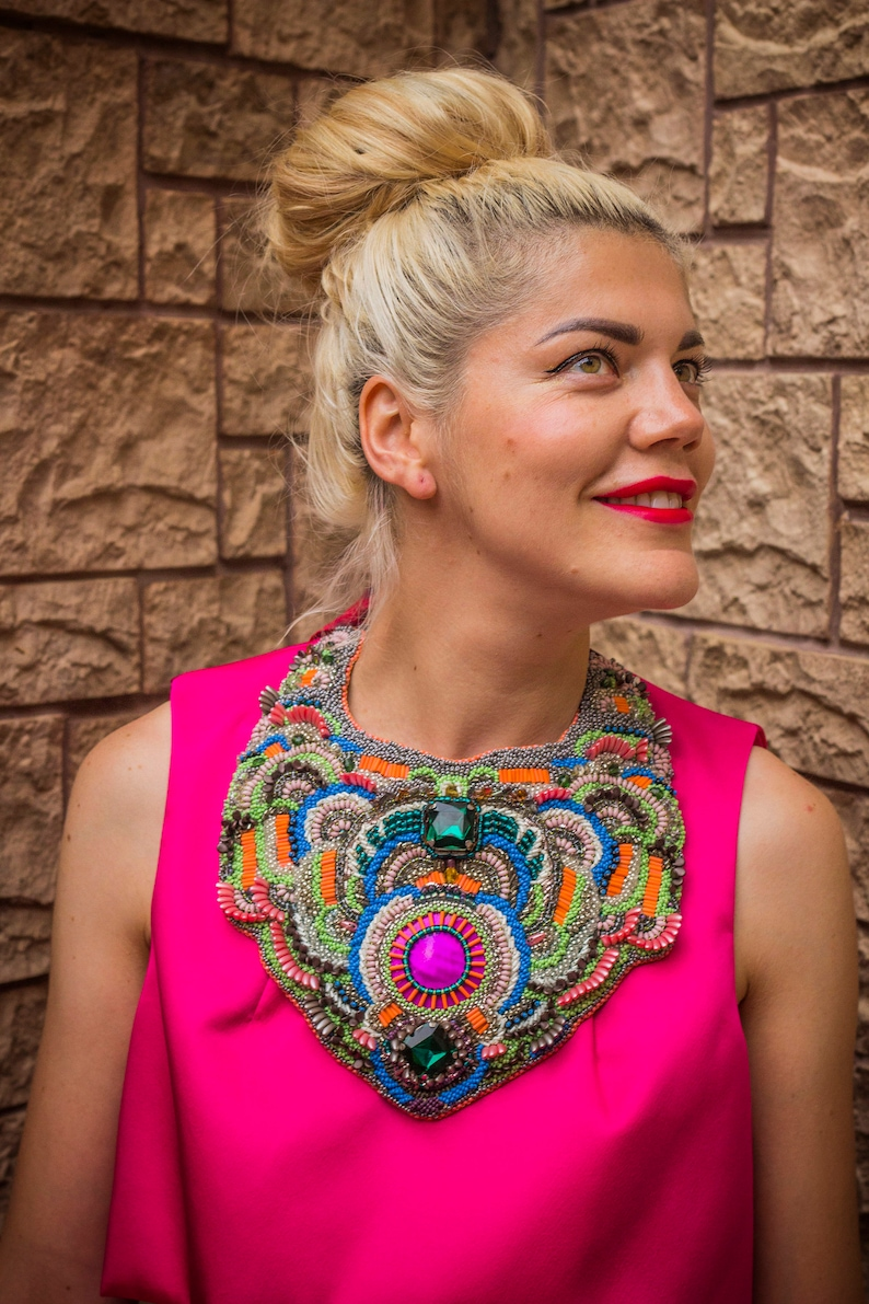 Hand embroidered necklace DECADENTE / Bright oriental necklace image 0