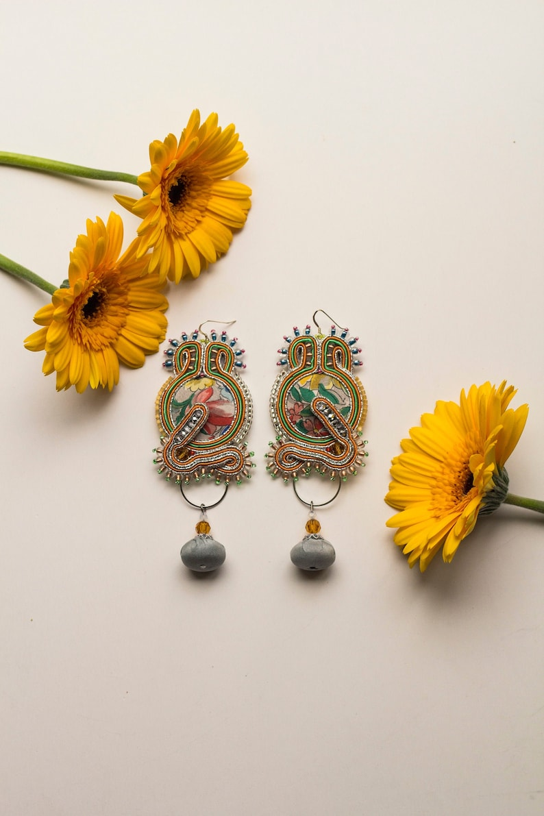 Light green textile earrings HARU / Spring color geisha image 0