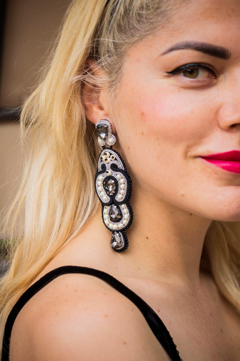 Black evening earrings with grey crystals Luxurious image 0