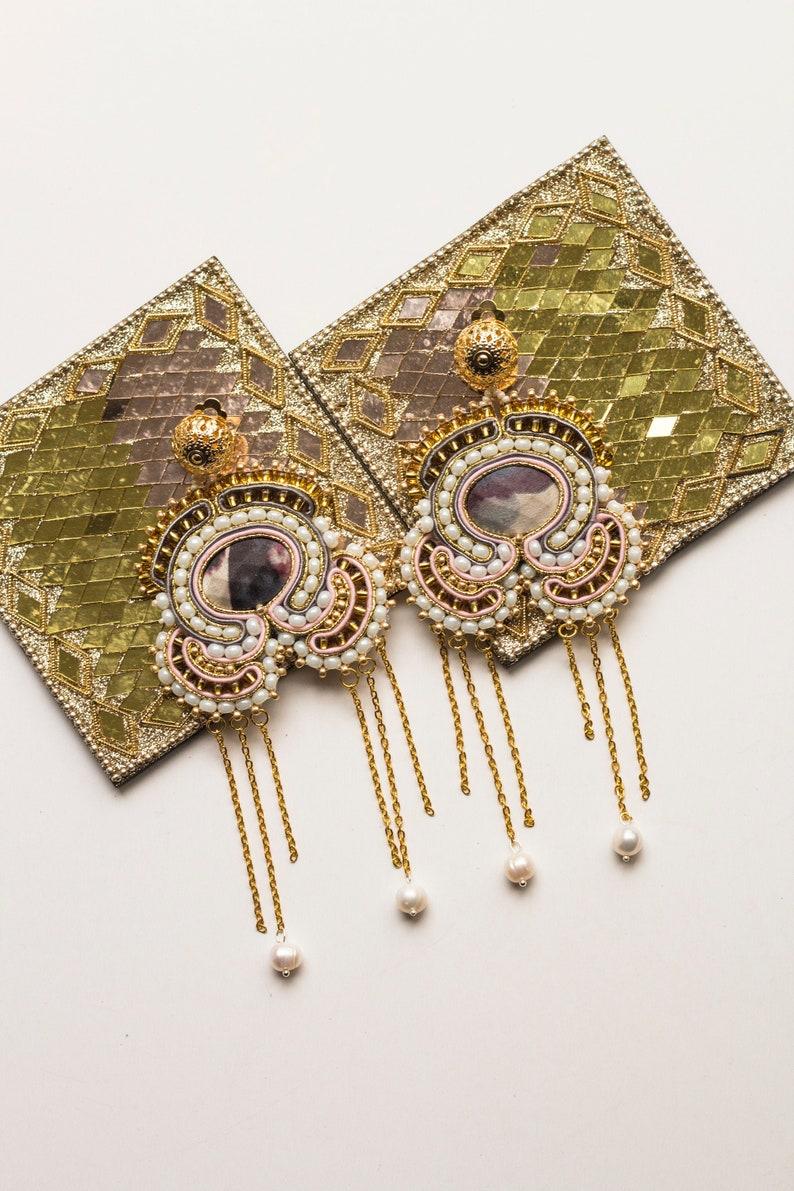 Maroccan gold statement earrings MALIKA / Golden tassel image 0