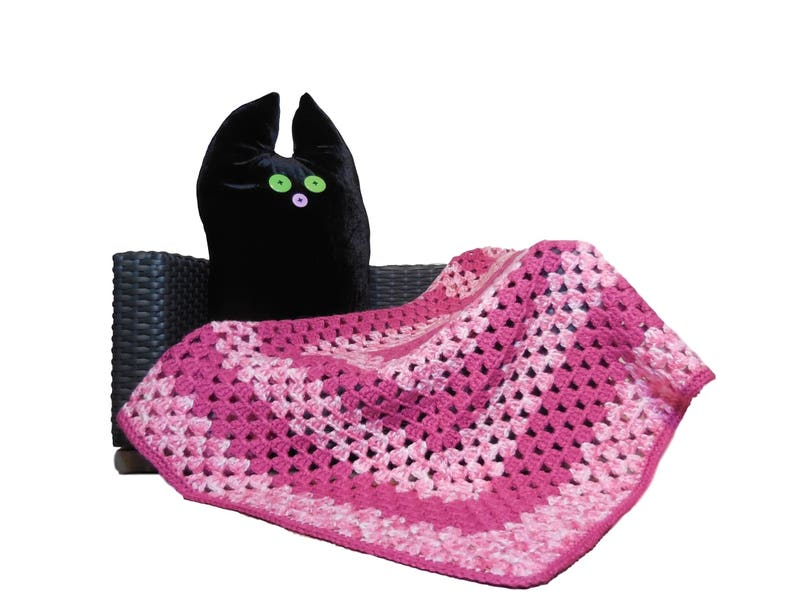 Pink crochet granny blanket square for cat or dog