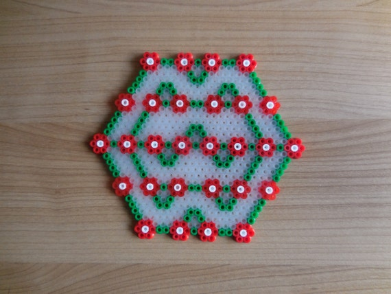 Christmas Hama Bead Designs.Drink Coaster Christmas Coaster Hama Beads Christmas Deco Pixel Art Perler Beads Tcashop Sprite Art Classic Christmas Hexagonal