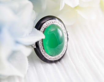 Onyx and green agate art deco ring with CZ halo - Art deco ring, Black onyx ring, Diamond halo ring, Oval gemstone ring, Emerald green ring