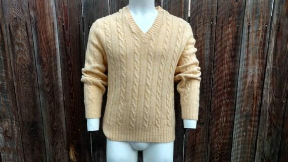 b7d994825be6da Vintage 70's Men's V Neck Pullover Cable Knit Sweater | Etsy