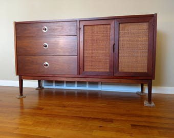 Mid Century Jack Cartwright For Founders Furniture Credenza / Buffet