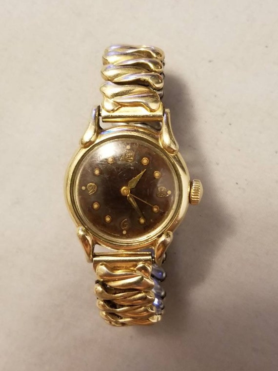 Old benrus watches value