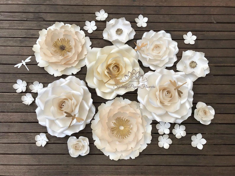 Hampton style CREAMY ROSE GARDEN Paper flower backdrop/Paper image 0