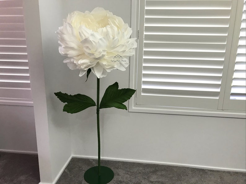 HIRE peony paper flower freestanding giant/paper flower image 0