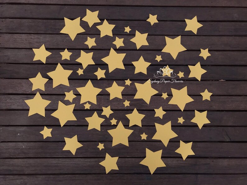 Pack of 50 paper stars image 0