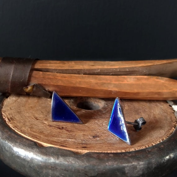 Deep Blue Enamel Silver Triangle Studs / Stud Earrings / Contemporary Style / Curated Ear