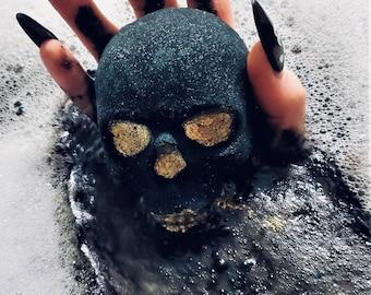 Skull Bath Bomb - Dark, Twisty, Divine !
