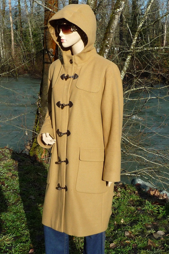 14 USA Hooded Tan Wool Duffel Coat by HARVE BENARD