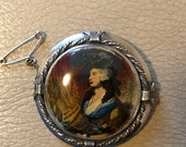 1920s Picture Brooch Port...