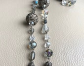 1930s Glass Necklace Clea...