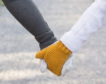 Maritime Mittens - handmade, classic mittens.